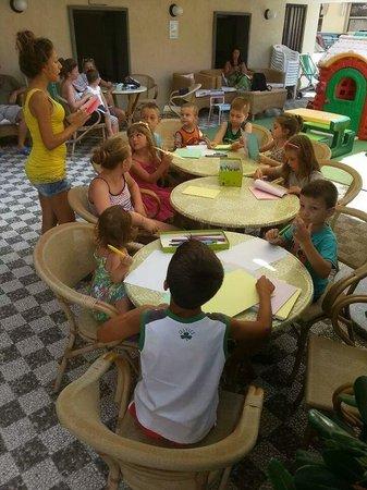 Hotel Tabor: Illaria merci pour la patience avec nos enfants