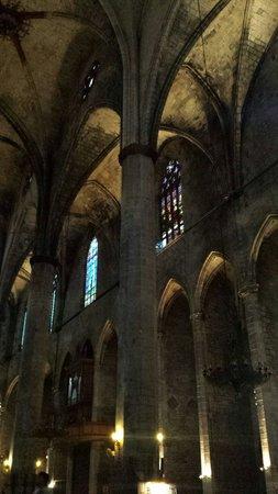Église Sainte-Marie-de-la-Mer : Maestosa
