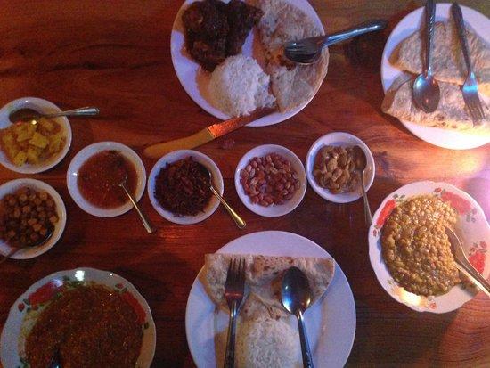 Everest Nepali Food Center : Dinner
