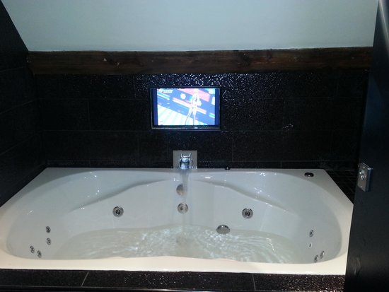 Jacuzzi Bath In Hotel Room Liverpool