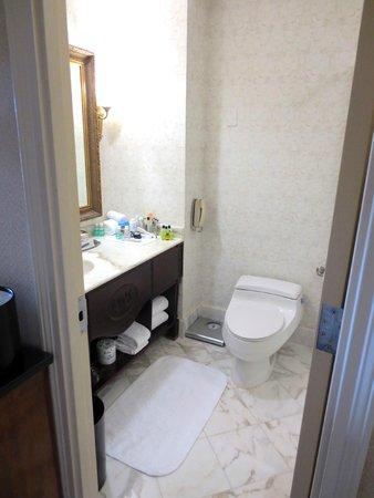 Willard InterContinental Washington: Bathroom