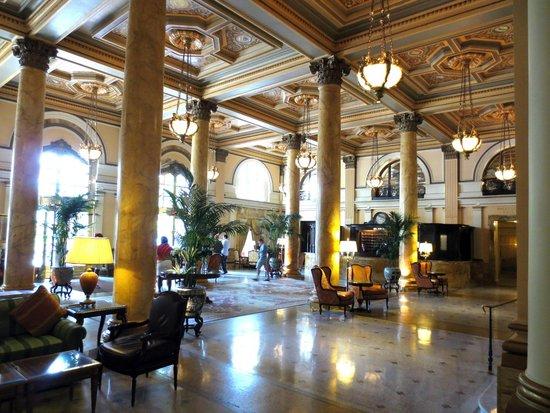 Willard InterContinental Washington: Willard lobby
