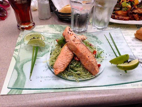 Jardin Nelson: Fresh Salmon