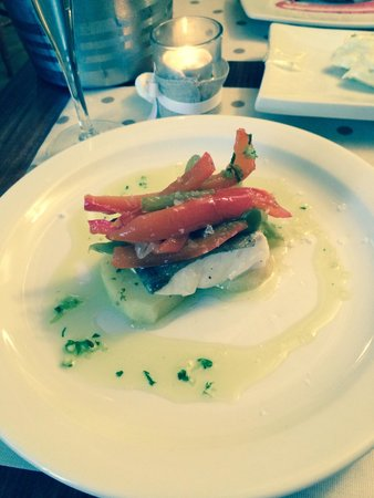 Tafarn y Gader Tapas, Bistro & Bar: Lovely melt in the mouth 'Cod special', lovely jubbly!