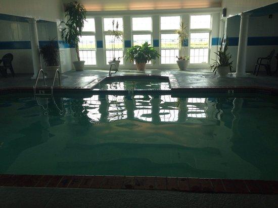 Comfort Suites Chincoteague: Indoor pool
