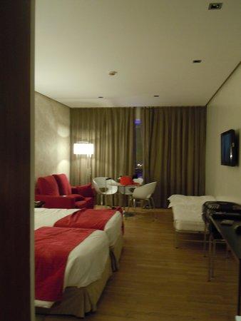 ApartoSuites Jardines de Sabatini : Lovely room
