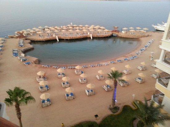 SUNRISE Holidays Resort: Uitzicht vanaf het balkon
