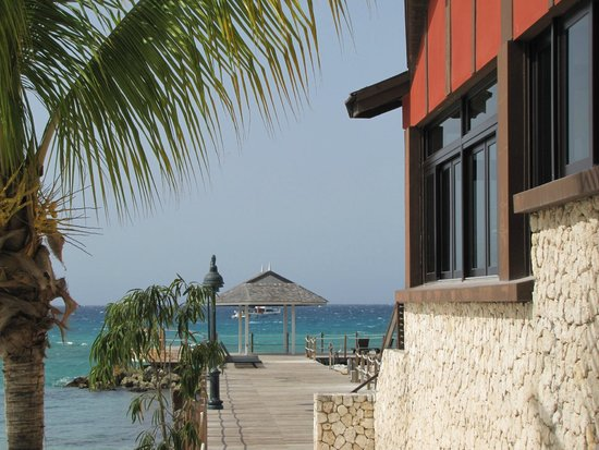 Sandals Ochi Beach Resort: side of Kimono's