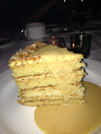 The Reef Atlantis, Autograph Collection: Coconut Cake at Mesa Grill