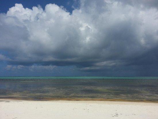 Matachica Resort & Spa: Beach as storm clouds roll in