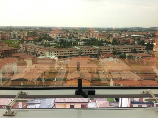Montresor Hotel Tower: Vista dal piano11