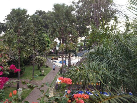 Puri Saron Seminyak: View from room