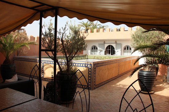 Riad Shemsi: Terrace view to the choclate suite