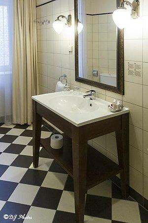 Europa Royale Riga: Bathroom