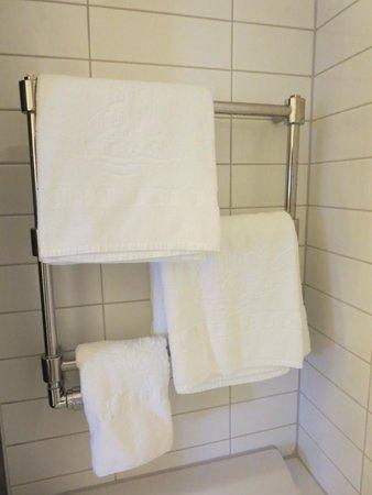 Hotel Borg by Keahotels: heated towel rack