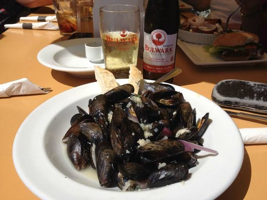 Rope Loft Dining Room: Mussels mmm tasty !!  and Bulwark Cider of course