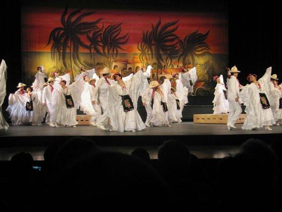 Ballet Folklorico de Mexico: The show