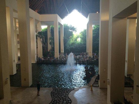 Occidental at  Xcaret Destination: La vista desde el lobby del hotel