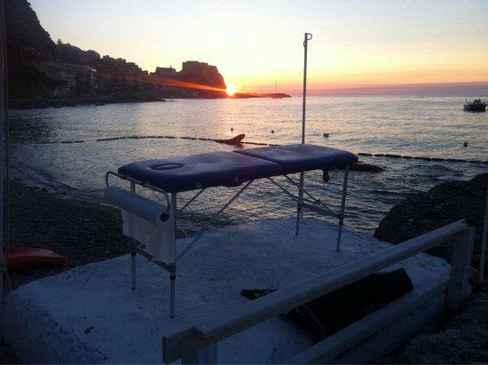 Lido Chianalea Scilla : Massaggi sul mare