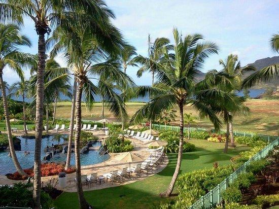 Marriott's Kauai Lagoons - Kalanipu'u: Pool and ocean view from our lanai