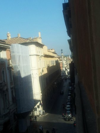 City Hotel: View onto Colonna dell'Immacolata from the room