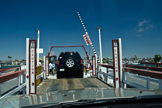 Balboa Island Ferry : Driving your car onto The Balboa Ferry