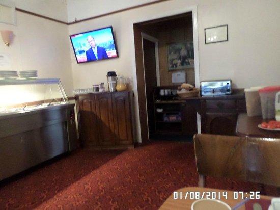 Park Hotel : Las noticias todas las mañanas