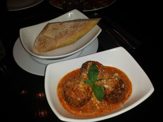 Millie's Old World Meatballs and Pizza : meatballs w/ vodka sauce and bread for dipping