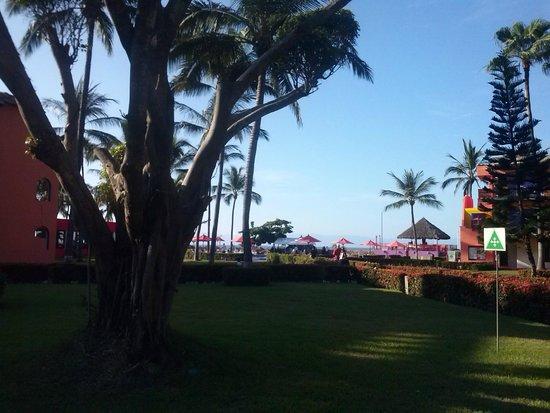 Royal Decameron Complex: Vista hacia la playa