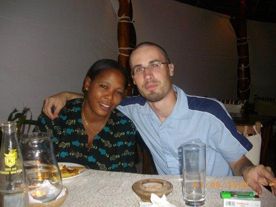 Casa Del Mar Hotel Jambiani : Wilimina con Olivier(manager)