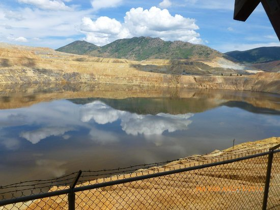 Berkeley Pit: don't be fooled - it looks pretty but toxic! Berkley Pit-Butte MT