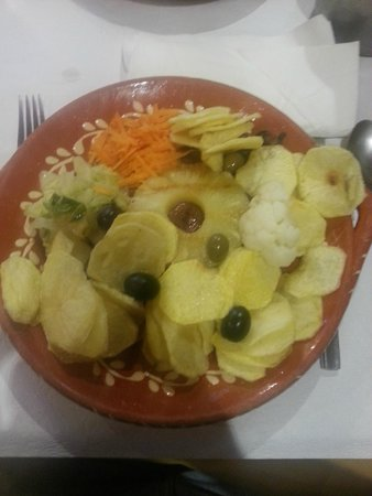 Ora Viva Restaurante: Picanha (está sob o abacaxi)