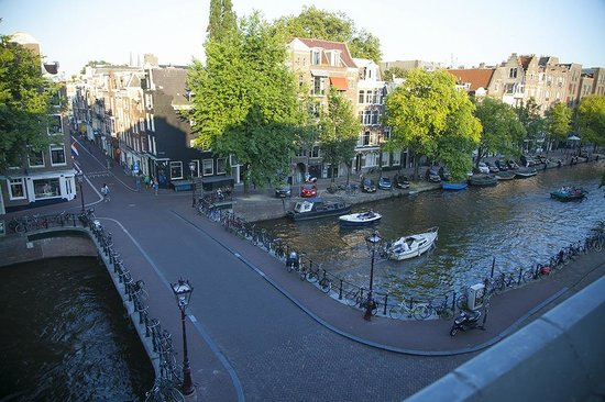 Amsterdam Wiechmann Hotel: View from room