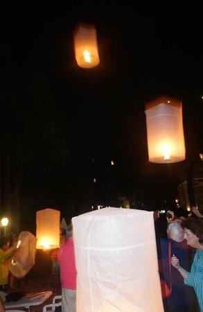 Dusit Island Resort Chiang Rai: Hot Air Balloons at Dusit Island Hotel Chiang Rai