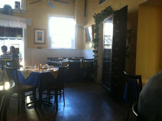 Silver Lake, WI: Dining Room