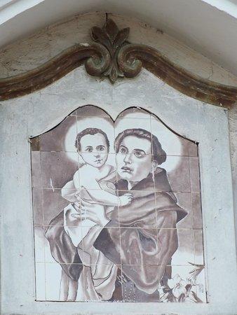 Santo Antonio Church : Detalhe do pórtico da igreja