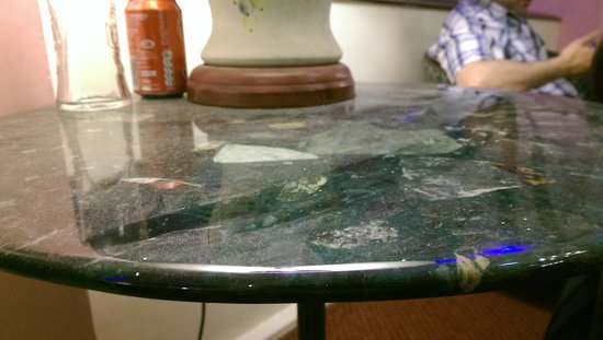 Grand Hotel Scarborough: dust on the table in public area