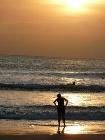 The Bali Dream Villa & Resort: beach a short walk away