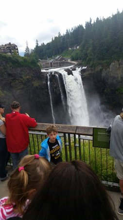 Snoqualmie Falls: From up top