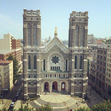 St roch 39 s church picture of st roch 39 s church quebec for Au saint roch hotel jardin