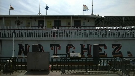 Steamboat Natchez: Before Boarding