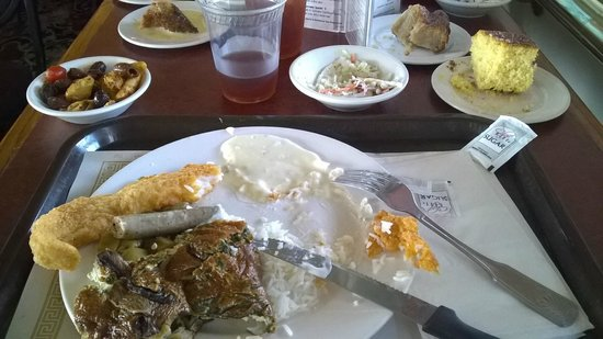 "Steamboat Natchez: The ""buffet"" food"