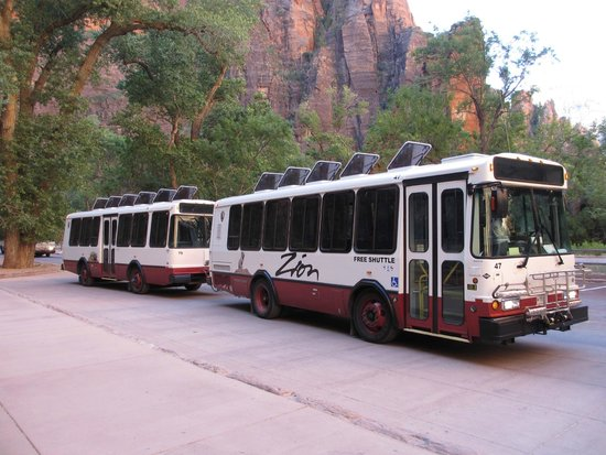 Zion Shuttle: Clean, comfortable and run on schedule