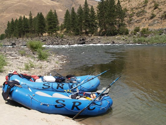 Salmon River Challenge- SRC: Rafts on a sandy bank while we enjoyed drinks and home made cookies!
