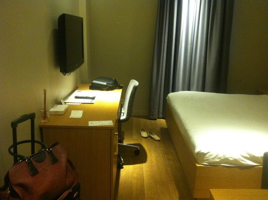 Endless Suites Taksim: There are two desks in the room, this is one, and the other one is on the left side of the bed