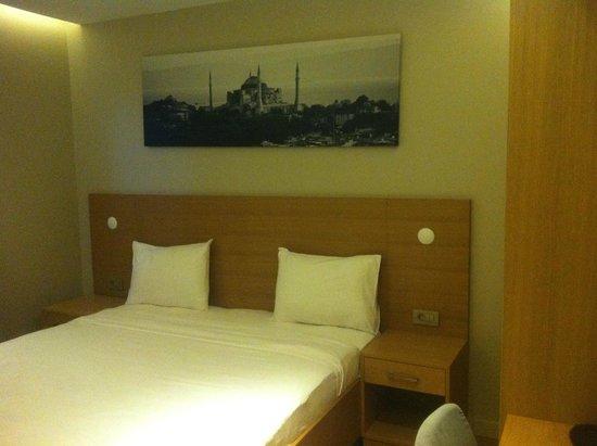 Endless Suites Taksim: bedroom