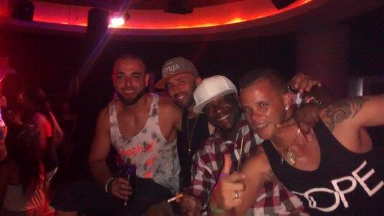 Memories Flamenco Beach Resort : Amazing friends we made! I love the Disco (Club)