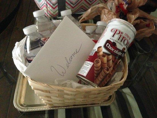 Cypress Creek Cottages : Gift Basket