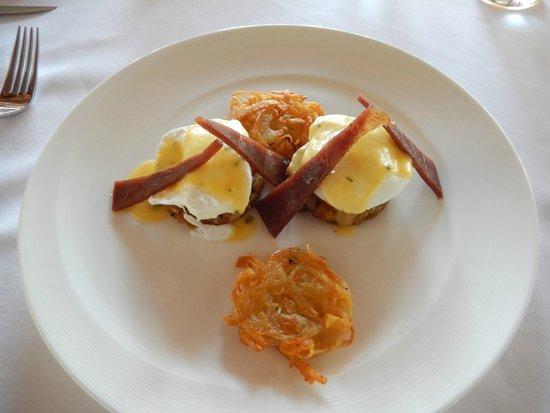 Viceroy Bali: Yum Yum Eggs Benedict