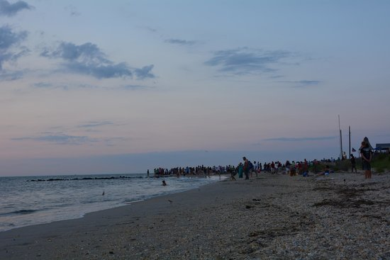 Cape May City Beaches: People around sunset time